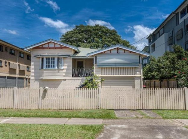 """Nundah """"Under Contract Subject To Conditions"""""""